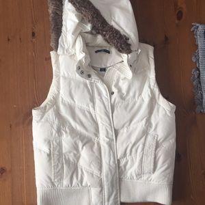 Gap winter white vest